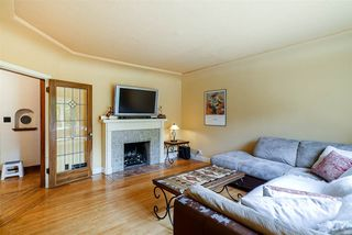 """Photo 4: 444 FADER Street in New Westminster: Sapperton House for sale in """"Sapperton"""" : MLS®# R2391166"""