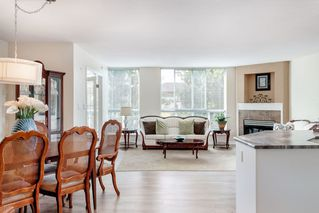 "Photo 2: PH1 2485 ATKINS Avenue in Port Coquitlam: Central Pt Coquitlam Condo for sale in ""THE ESPLANADE"" : MLS®# R2403301"