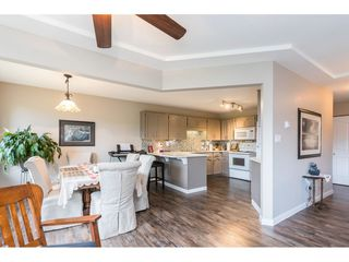 "Photo 6: 306 33401 MAYFAIR Avenue in Abbotsford: Central Abbotsford Condo for sale in ""Mayfair Gardens"" : MLS®# R2447821"