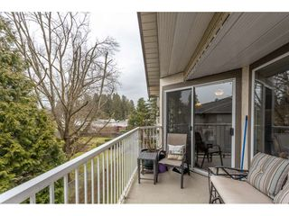 "Photo 17: 306 33401 MAYFAIR Avenue in Abbotsford: Central Abbotsford Condo for sale in ""Mayfair Gardens"" : MLS®# R2447821"