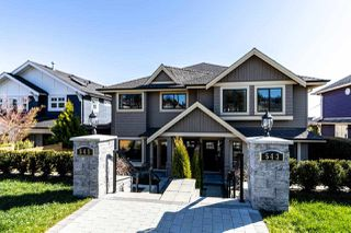 Main Photo: 545 E 4TH Street in North Vancouver: Lower Lonsdale House 1/2 Duplex for sale : MLS®# R2448939