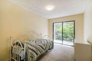 "Photo 18: 201 1521 BLACKWOOD Street: White Rock Condo for sale in ""SANDRINGHAM"" (South Surrey White Rock)  : MLS®# R2455495"