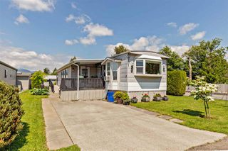 """Photo 1: 36 7610 EVANS Road in Chilliwack: Sardis West Vedder Rd Manufactured Home for sale in """"COTTONWOOD MOBILE HOME PARK"""" (Sardis)  : MLS®# R2457384"""