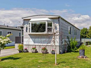 """Photo 2: 36 7610 EVANS Road in Chilliwack: Sardis West Vedder Rd Manufactured Home for sale in """"COTTONWOOD MOBILE HOME PARK"""" (Sardis)  : MLS®# R2457384"""
