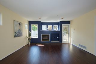 """Photo 5: 44 20222 96 Avenue in Langley: Walnut Grove Townhouse for sale in """"WINDSOR GARDENS"""" : MLS®# R2486972"""