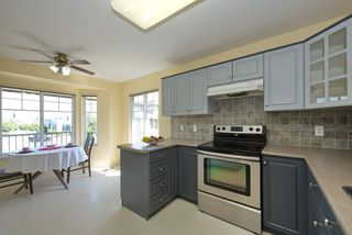 """Photo 11: 44 20222 96 Avenue in Langley: Walnut Grove Townhouse for sale in """"WINDSOR GARDENS"""" : MLS®# R2486972"""