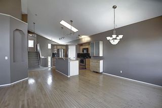 Photo 14: 621 COVENTRY Drive NE in Calgary: Coventry Hills Detached for sale : MLS®# A1028324
