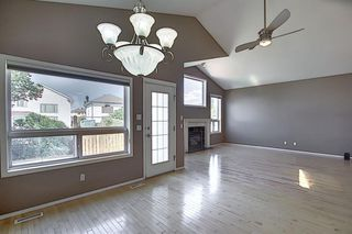 Photo 6: 621 COVENTRY Drive NE in Calgary: Coventry Hills Detached for sale : MLS®# A1028324