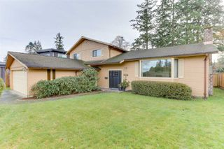 "Photo 1: 5314 2 Avenue in Delta: Pebble Hill House for sale in ""PEBBLE HILL"" (Tsawwassen)  : MLS®# R2527757"