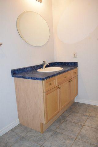 Photo 7: 702 10106 105 Street in Edmonton: Zone 12 Condo for sale : MLS®# E4177162