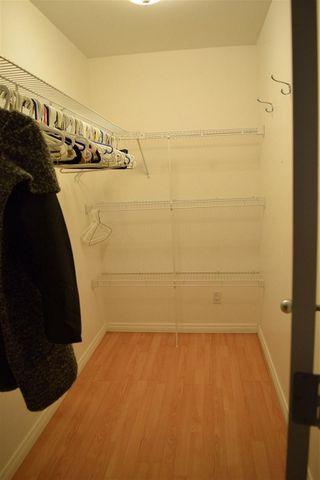 Photo 10: 702 10106 105 Street in Edmonton: Zone 12 Condo for sale : MLS®# E4177162