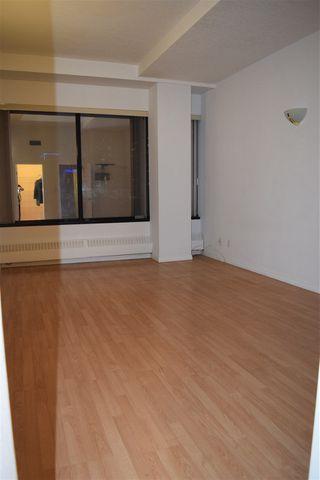 Photo 11: 702 10106 105 Street in Edmonton: Zone 12 Condo for sale : MLS®# E4177162