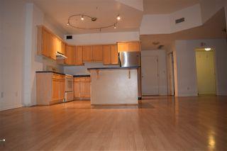 Photo 1: 702 10106 105 Street in Edmonton: Zone 12 Condo for sale : MLS®# E4177162