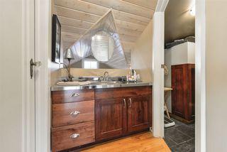 Photo 18: 10015 97 Avenue in Edmonton: Zone 12 House for sale : MLS®# E4177482