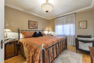 Photo 11: 10015 97 Avenue in Edmonton: Zone 12 House for sale : MLS®# E4177482