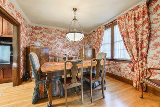 Photo 5: 10015 97 Avenue in Edmonton: Zone 12 House for sale : MLS®# E4177482