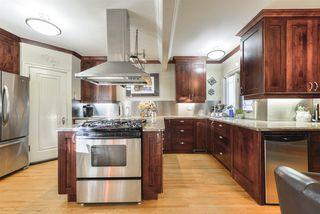 Photo 9: 10015 97 Avenue in Edmonton: Zone 12 House for sale : MLS®# E4177482