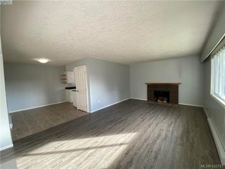 Photo 3: HOUSE WITH SUITE FOR SALE UNDER $625K IN LANGFORD