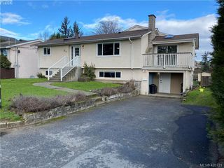 Photo 2: HOUSE WITH SUITE FOR SALE UNDER $625K IN LANGFORD