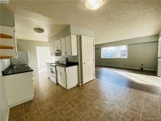 Photo 10: HOUSE WITH SUITE FOR SALE UNDER $625K IN LANGFORD