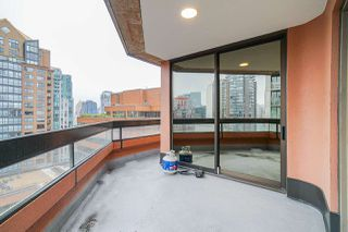 "Photo 13: 1205 1177 HORNBY Street in Vancouver: Downtown VW Condo for sale in ""London Place"" (Vancouver West)  : MLS®# R2444078"