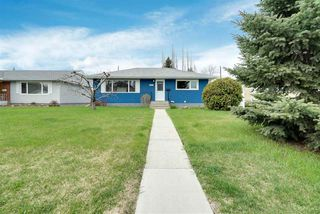 Photo 2: 7424 82 Street in Edmonton: Zone 17 House for sale : MLS®# E4197899