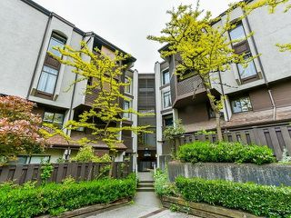 "Main Photo: 314 365 GINGER Drive in New Westminster: Fraserview NW Condo for sale in ""Fraser Mews"" : MLS®# R2458139"