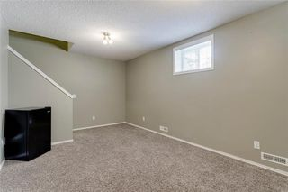 Photo 19: 74 INVERNESS Square SE in Calgary: McKenzie Towne Row/Townhouse for sale : MLS®# A1017936