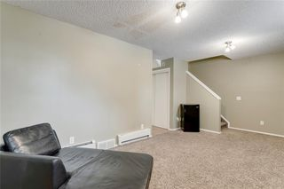 Photo 18: 74 INVERNESS Square SE in Calgary: McKenzie Towne Row/Townhouse for sale : MLS®# A1017936