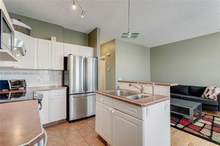 Photo 7: 74 INVERNESS Square SE in Calgary: McKenzie Towne Row/Townhouse for sale : MLS®# A1017936