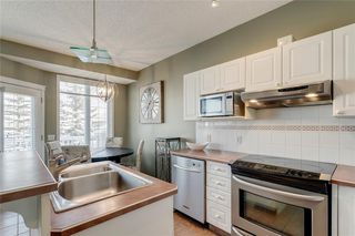 Photo 6: 74 INVERNESS Square SE in Calgary: McKenzie Towne Row/Townhouse for sale : MLS®# A1017936