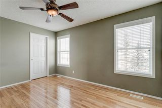 Photo 9: 74 INVERNESS Square SE in Calgary: McKenzie Towne Row/Townhouse for sale : MLS®# A1017936