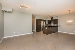 Photo 7: 105 9603 98 Avenue in Edmonton: Zone 18 Townhouse for sale : MLS®# E4209335