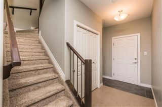 Photo 3: 105 9603 98 Avenue in Edmonton: Zone 18 Townhouse for sale : MLS®# E4209335