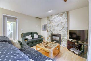 "Photo 4: 15522 95 Avenue in Surrey: Fleetwood Tynehead House for sale in ""BERKSHIRE PARK"" : MLS®# R2511921"