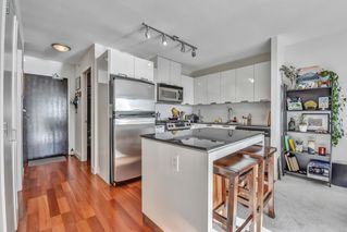 "Photo 9: 1502 151 W 2ND Street in North Vancouver: Lower Lonsdale Condo for sale in ""SKY"" : MLS®# R2528948"