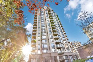 "Photo 2: 1502 151 W 2ND Street in North Vancouver: Lower Lonsdale Condo for sale in ""SKY"" : MLS®# R2528948"