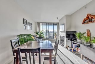 "Photo 17: 1502 151 W 2ND Street in North Vancouver: Lower Lonsdale Condo for sale in ""SKY"" : MLS®# R2528948"