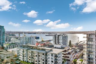 "Photo 7: 1502 151 W 2ND Street in North Vancouver: Lower Lonsdale Condo for sale in ""SKY"" : MLS®# R2528948"