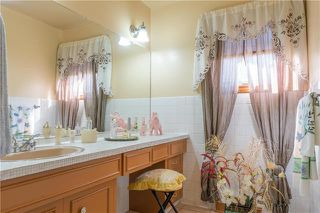 Photo 8: 44 Merriwood Avenue in Winnipeg: Garden City Residential for sale (4G)  : MLS®# 1921480
