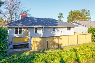 Photo 24: 591 Baker St in VICTORIA: SW Glanford Single Family Detached for sale (Saanich West)  : MLS®# 827906