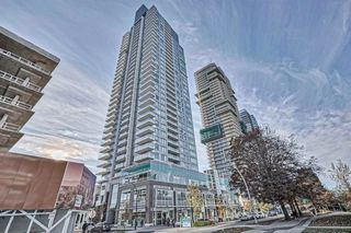 Photo 1: 402 6333 SILVER Avenue in Burnaby: Metrotown Condo for sale (Burnaby South)  : MLS®# R2416343