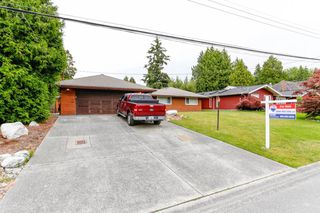 "Photo 3: 1168 SKANA Drive in Delta: English Bluff House for sale in ""The Village"" (Tsawwassen)  : MLS®# R2462086"