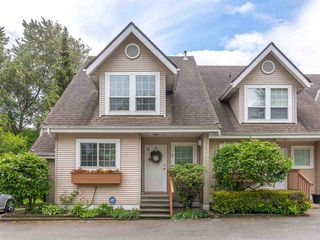 Photo 2: 3 19948 WILLOUGHBY Way in Langley: Willoughby Heights Townhouse for sale : MLS®# R2462422