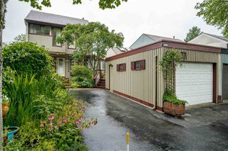 "Photo 2: 3872 GARDEN GROVE Drive in Burnaby: Greentree Village House for sale in ""GREENTREE VILLAGE"" (Burnaby South)  : MLS®# R2463737"
