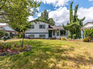 Photo 1: 421 Quarry Rd in COMOX: CV Comox (Town of) Single Family Detached for sale (Comox Valley)  : MLS®# 844538