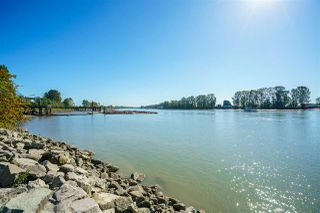 """Photo 34: 606 3061 E KENT AVENUE NORTH in Vancouver: South Marine Condo for sale in """"THE PHOENIX"""" (Vancouver East)  : MLS®# R2503267"""
