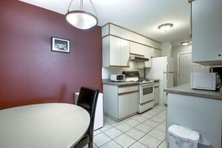 Photo 11: 9E CALLINGWOOD Court in Edmonton: Zone 20 Townhouse for sale : MLS®# E4217099