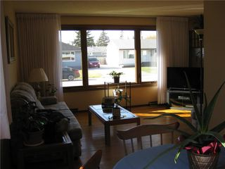 Photo 4: 14 Vincent Massey Boulevard in Winnipeg: Windsor Park Residential for sale (2G)  : MLS®# 202025939