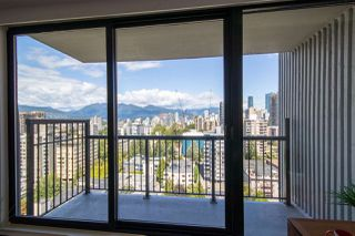 """Main Photo: 2002 1330 HARWOOD Street in Vancouver: Downtown VW Condo for sale in """"Westsea Towers"""" (Vancouver West)  : MLS®# R2393164"""